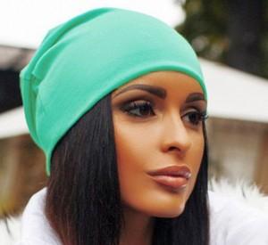 шапка женская с помпоном
